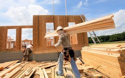 Ценовое ралли: стоимость деревянных домов и пиломатериалов достигла пика