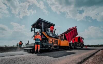 Утверждены новые национальные стандарты для специалистов в области строительства автомобильных дорог